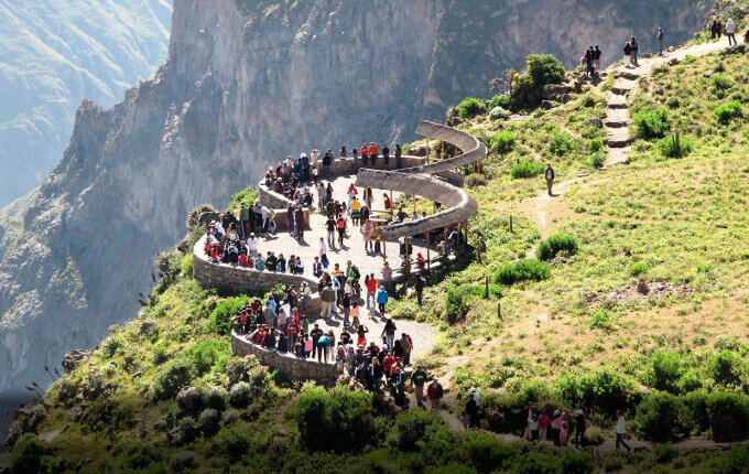 colca canyon trekking tours in 2 days or 3 days